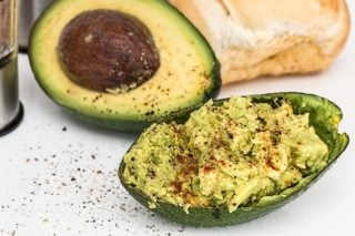 Nutritious Avocados: Consuming Healthy Fats for Weight Loss